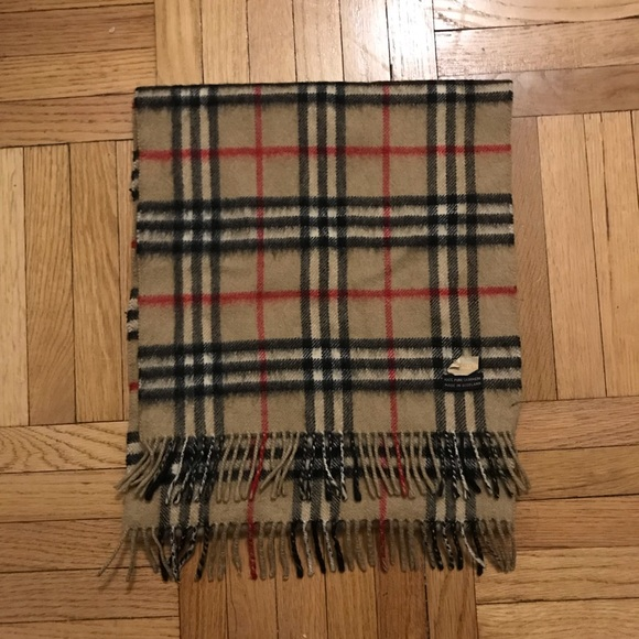 Burberry Accessories - Vintage Burberry scarf
